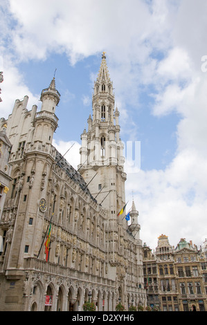 hotel de ville in grand place brussels - Stock Photo