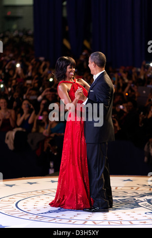 US President Barack Obama and First Lady Michelle Obama dance during the inaugural ball at the Walter E. Washington - Stock Photo
