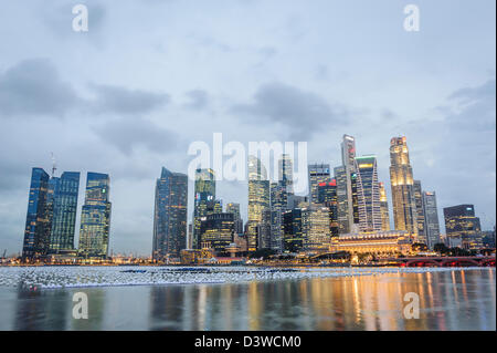 View of the skyline of Singapur on a cloudy day, Asia - Stock Photo