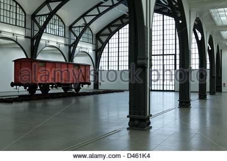 berlin germany the hamburger bahnhof art gallery museum collection stock photo 18403993 alamy. Black Bedroom Furniture Sets. Home Design Ideas