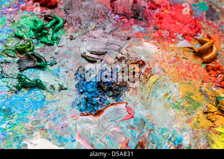 The artist's palette for mixing colors, close-up. - Stockfoto