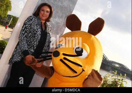 Monika piel at a photocall of wdr treff at oceandiva - Diva futura video gratis ...