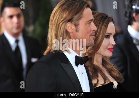 Actors Brad Pitt and Angelina Jolie arrive at the 84th Annual Academy Awards aka Oscars at Kodak Theatre in Los - Stock Photo