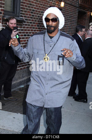 New York, USA. 25th April, 2013. Rapper SNOOP LION at his appearance on 'The Late Show with David Letterman' held - Stock Photo