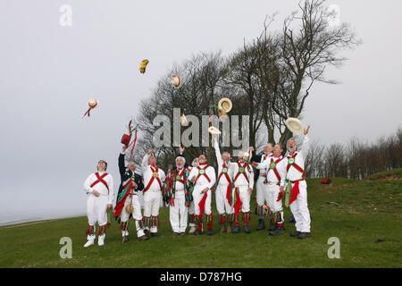 Chanctonbury Ring Morris Men celebrate May Day (1st May) with their traditional singing and dancing at Chanctonbury - Stock Photo