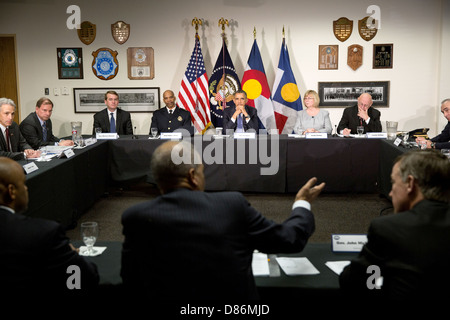 US President Barack Obama participates in a roundtable discussion on gun violence with local law enforcement officials - Stock Photo
