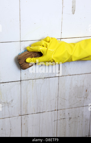 how to clean up old bathroom tiles