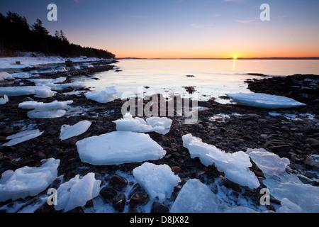 Winter sunset at Nes on the island Jeløy, Oslofjorden, Moss kommune, Østfold fylke, Norway. - Stockfoto