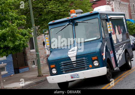 mobile fast food van in greenwich in london stock photo 105200861 alamy. Black Bedroom Furniture Sets. Home Design Ideas