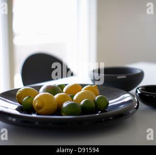 A dish of lemons, Sweden. - Stockfoto