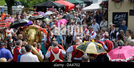 JAZZ FESTIVAL,  UPTON UPON SEVERN,  WORCESTERSHIRE,  ENGLAND.  UK - Stock Photo