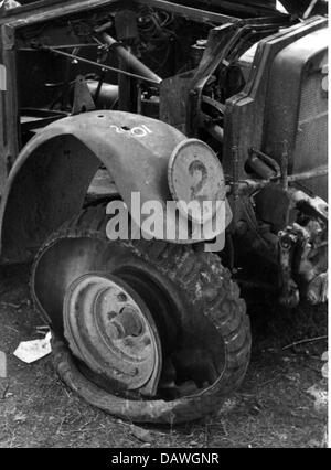 events, Second World War / WWII, Greece, Balkans Campaign 1941, destroyed vehicle, April / May 1941, Operation 'Marita', - Stock Photo