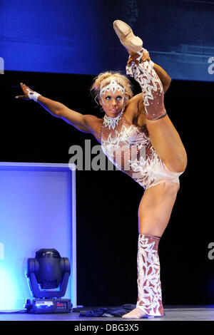 Minna Pajulahh Women's Fitness Competition 2011 IFBB ...