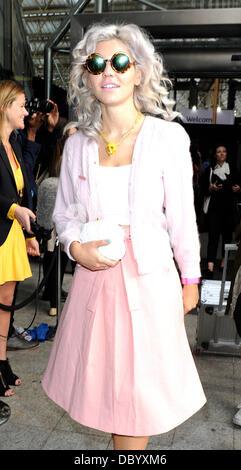 Marina Diamandis Of Marina And The Diamonds London Fashion