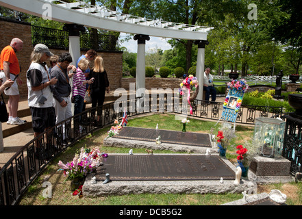 The Memorial Garden With The Graves Of Elvis Presley And