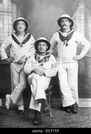 Great War Royal navy sailors in tropical uniform - Stock Photo