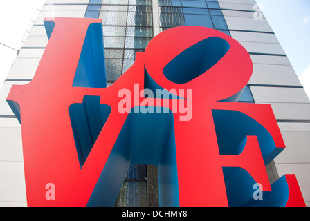 Robert Indiana's LOVE, part of a new public realm exhibition, Sculpture in the City - Stockfoto