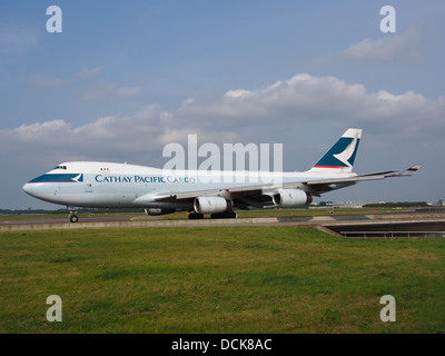 B-HUQ Cathay Pacific Boeing 747-467F - cn 34150 taxiing 14july2013 pic-007 - Stock Photo