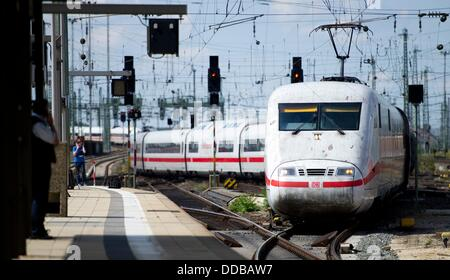 how to get from frankfurt airport to central train station