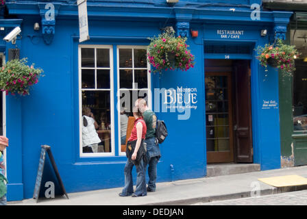 Victoria street old town maison bleue restaurant edinburgh stock photo royalty free image - Maison bleue mobel ...