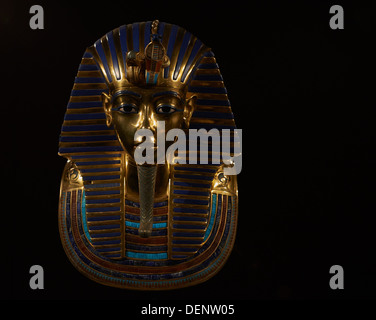 the search for king tutankhamun and his treasures After a systematic search, carter discovered the actual tomb of tutankhamun (kv62) in november 1922  king tutankhamun's mummy still rests in his tomb in the .