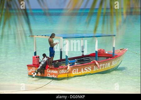 Capitain Clarke´s boat ´Sundance´  Negril beach, Jamaica - Stock Photo