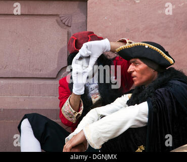 Street performers during a break, Frankfurt am Main, Hesse - Stock Photo