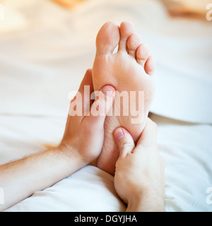 foot massage - Stockfoto