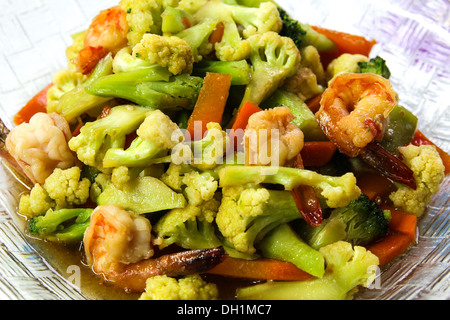 Stir-fry vegetables and shrimp. - Stock Photo