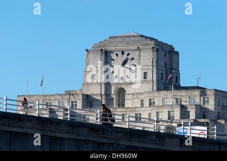 Shell Mex House & Waterloo Bridge, Strand, London, UK. - Stock Photo