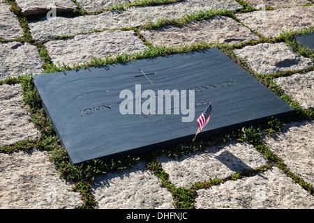 John F Kennedy Gravestone at Washington Memorial, Arlington Cemetery - Stock Photo