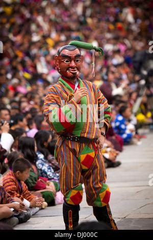 Bhutan, Thimpu Dzong, annual Tsechu, festival Atsara, masked jester - Stockfoto