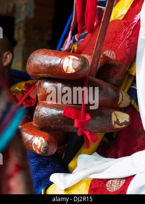 Bhutan, Thimpu Dzong, annual Tsechu, hands of Shinje Chhogyel the lord of death character - Stockfoto