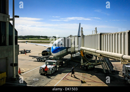 Boeing 737 of US Airways being serviced at the gate ready for departure from Tampa Airport FL - Stock Photo