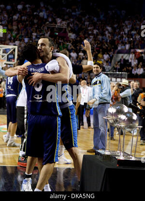 Sept. 11, 2011 - Mar del Plata, Buenos Aires, Argentina - Argentina's MANU GINOBILI hugs PABLO PRIGIONI next to - Stock Photo
