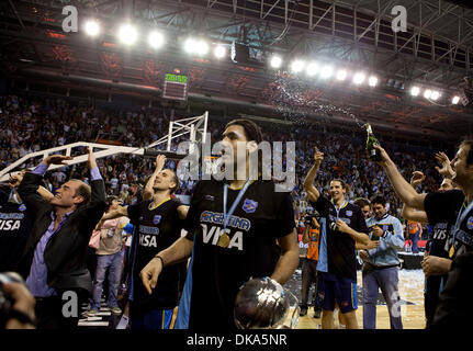 Sept. 11, 2011 - Mar del Plata, Buenos Aires, Argentina - LUIS SCOLA and the rest of the team celebrate with the - Stock Photo
