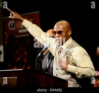 Sept 17,2011- Las Vegas NV, USA. Floyd Mayweather Jr. talks to the media during a press conference after TKO win - Stock Photo