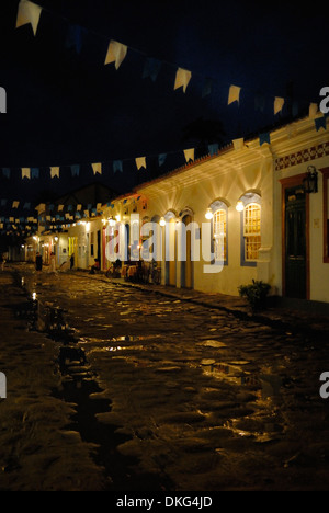 Brazil, Paraty: Nicely decorated historic centre of Party during the Nossa Senhora do Rosario and Sao Benedito Festival - Stock Photo
