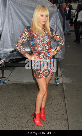 New York, NY, USA. 29th Aug, 2013. Hayden Panettiere arrives at the Ed Sullivan Theater for a taping of The Letterman - Stock Photo