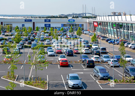 west thurrock lakeside retail park with cars parked. Black Bedroom Furniture Sets. Home Design Ideas