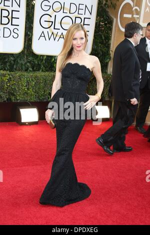 Los Angeles, USA. 11th Jan, 2014. US actress Leslie Mann attends the 71st Annual Golden Globe Awards aka Golden - Stockfoto