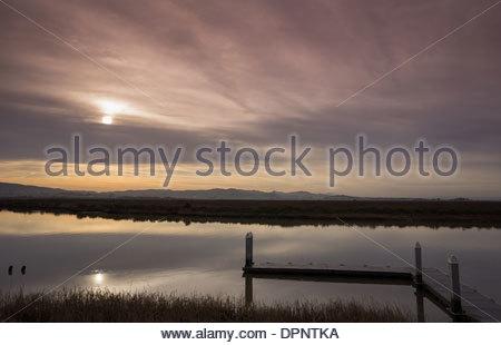 Colorful sunrise over the Napa River - Stockfoto