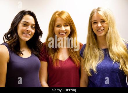 blonde-brunnette-redhead