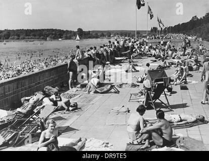 1930 39 s pre war german nazi propaganda poster for the for Nazi holiday resort