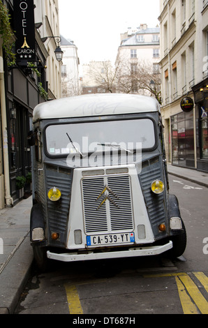 front of citroen van with headlights stock photo royalty free image 160178261 alamy. Black Bedroom Furniture Sets. Home Design Ideas