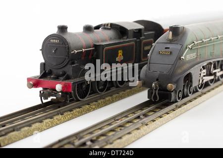 Toy train set Hornby Dublo for sale at Montrose Auctions ... Mallard Train Toy