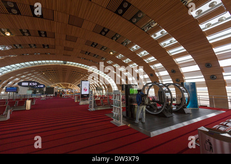 The f terminal gates at charles de gaulle cdg airport in roissy stock photo royalty free image - Bureau de change roissy charles de gaulle ...
