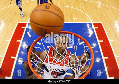 Philadelphia, Pennsylvania, USA. March 1, 2014: Washington Wizards power forward Trevor Booker (35) watches to see - Stock Photo