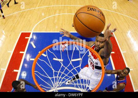Philadelphia, Pennsylvania, USA. March 1, 2014: Washington Wizards power forward Trevor Booker (35) goes up for - Stock Photo