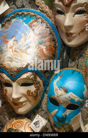 Carnivale masks for sale in Venice - Stock Photo